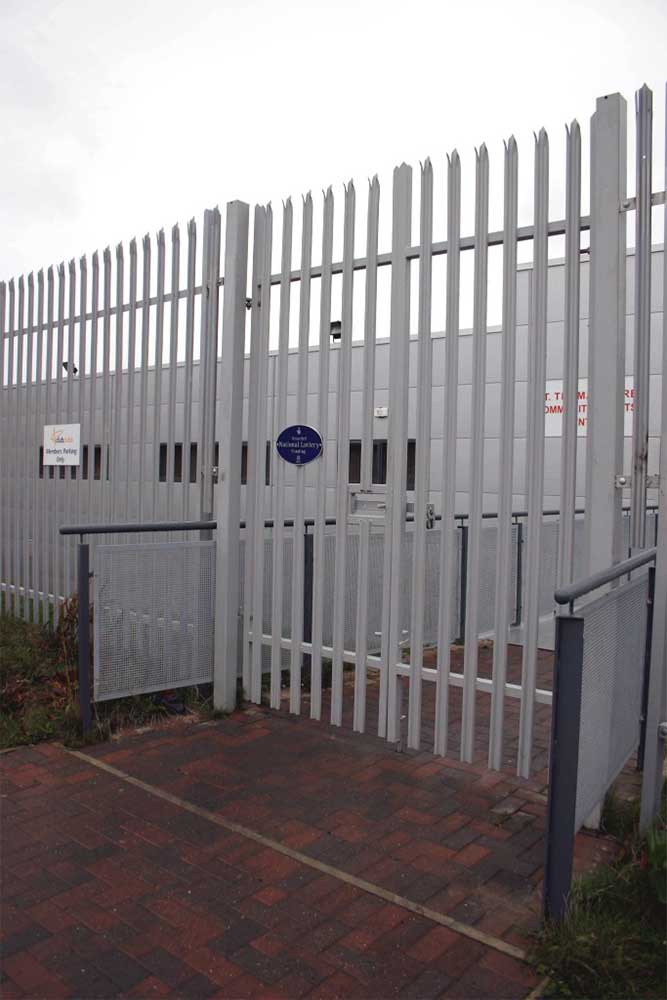 3m high double gate in Middlesbrough.
