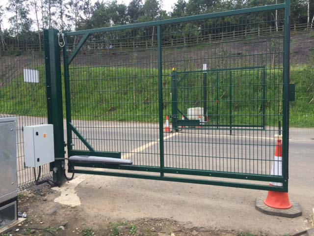 Automated swing gate manufactured by Rennyco using steel frame with twin wire weldmesh infill