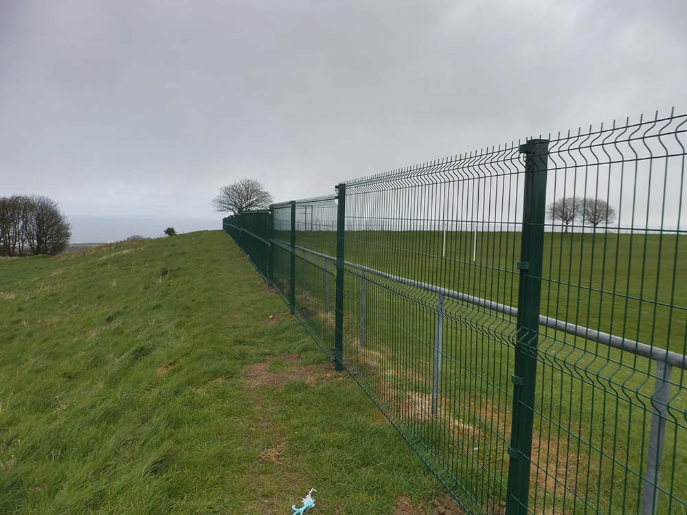 Rugby pitch fence