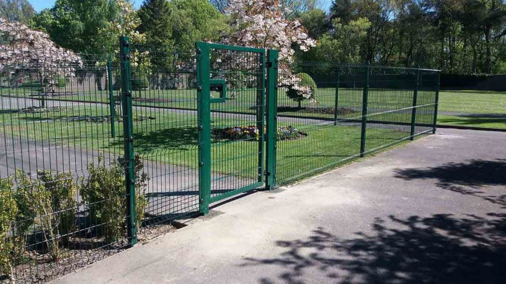 School internal fencing