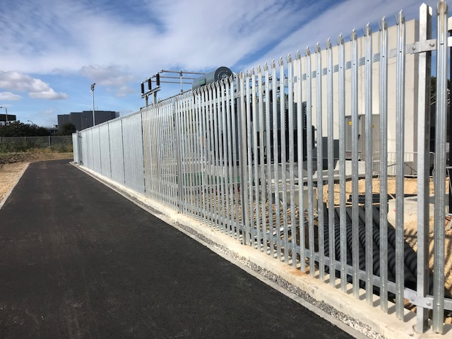 Substation protected with palisade