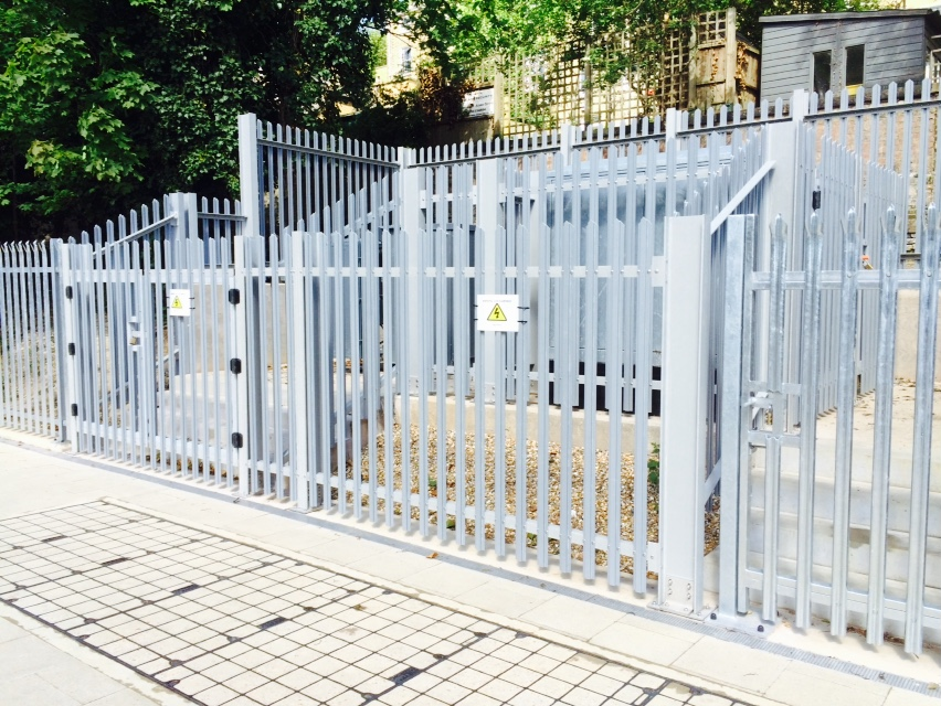 Commercial Security Fencing Cleveland