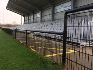 Quakers stand